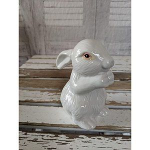 Realistic white porcelain vintage rabbit bunny Eas